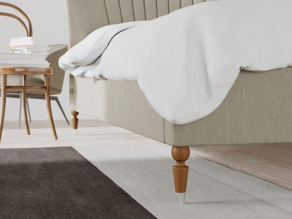 Windsor Upholstered Frame Bed